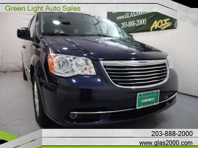 2013 chrysler town and country touring touring 4dr mini. Black Bedroom Furniture Sets. Home Design Ideas