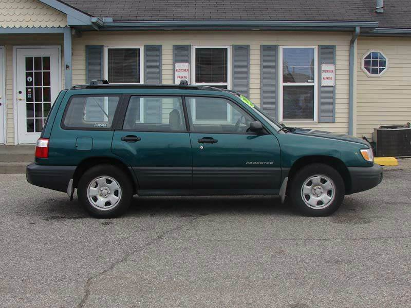 2001 subaru forester l awd 4dr wagon in south bend in. Black Bedroom Furniture Sets. Home Design Ideas