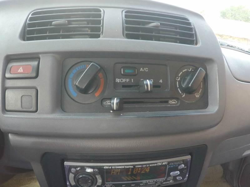 1998 Nissan Frontier XE 2dr Extended Cab SB - Jacksonville FL