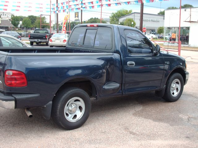 2002 ford f 150 xl 2dr regular cab 2wd styleside sb in conroe conroe hufsmith sam 39 s quality cars. Black Bedroom Furniture Sets. Home Design Ideas