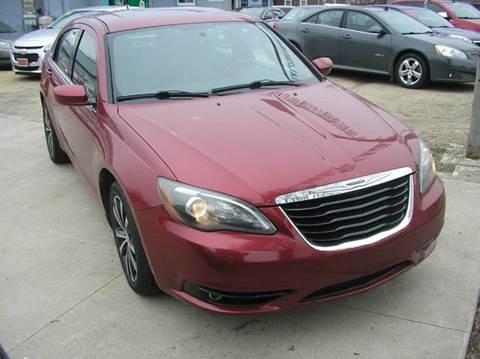 2013 Chrysler 200 for sale in Savanna, IL