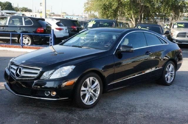 2010 MERCEDES-BENZ E-CLASS E350 2DR COUPE black clean carfax 99 point safety inspection