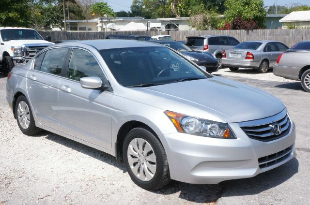 2012 HONDA ACCORD LX 4DR SEDAN 5A alabaster silver metallic clean carfax 99 point safety