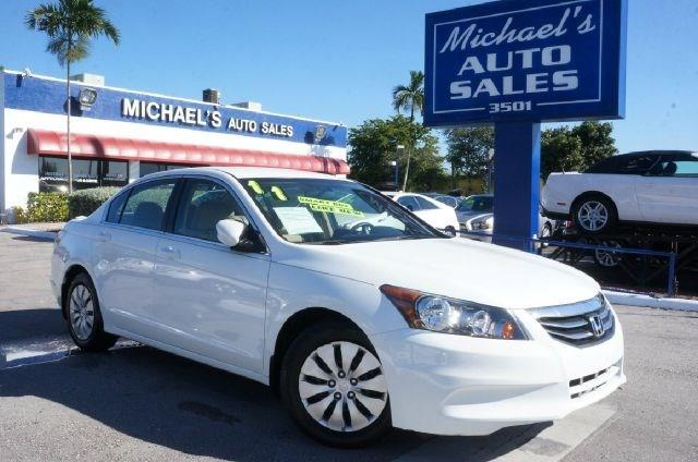 2011 HONDA ACCORD LX 4DR SEDAN 5A taffeta white 99 point safety inspection automatic p