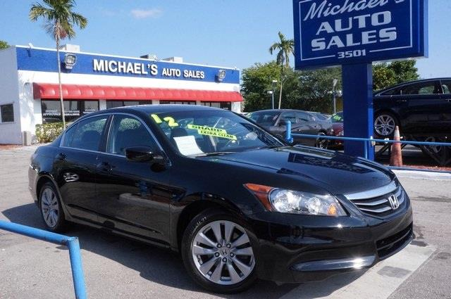2012 HONDA ACCORD LX 4DR SEDAN 5A crystal black pearl clean carfax 99 point safety inspec
