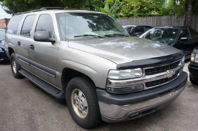 2003 CHEVROLET SUBURBAN unspecified 99 point safety inspection and automatic hurry and ta