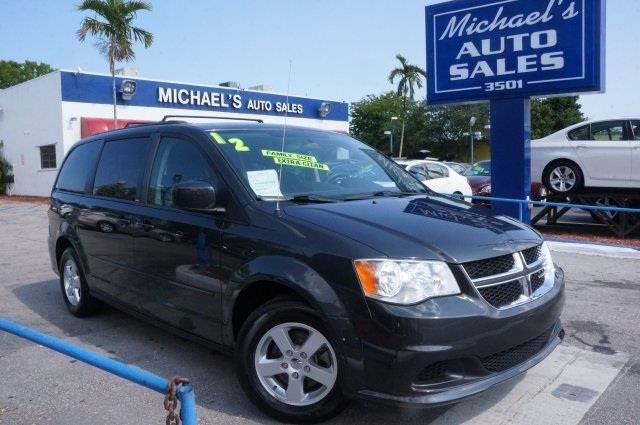 2012 DODGE GRAND CARAVAN SXT 4DR MINI VAN dark charcoal pearlcoat a cabin you can actually get som