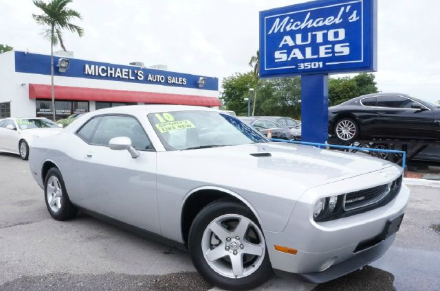 2010 DODGE CHALLENGER SE 2DR COUPE bright silver metallic clearco clean carfax 99 point s