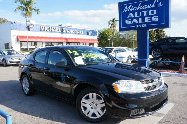 2012 DODGE AVENGER SE black 99 point safety inspection automatic and clean carfax b