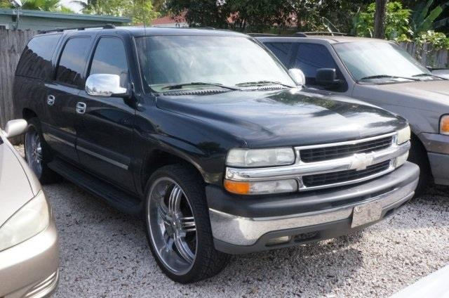 2004 CHEVROLET SUBURBAN black graydark charcoal interior your satisfaction is our business wow