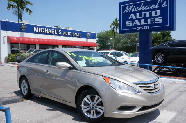 2011 HYUNDAI SONATA GLS camel pearl 99 point safety inspection automatic clean title