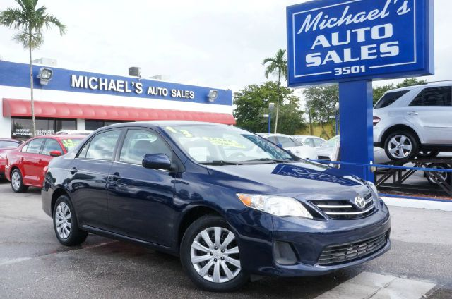 2013 TOYOTA COROLLA LE 4DR SEDAN 4A nautical blue metallic 99 point safety inspection clea