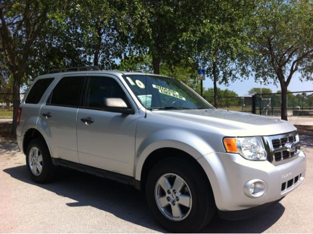 2010 FORD ESCAPE XLT ingot silver metallic put down the mouse because this handsome 2010 ford esca