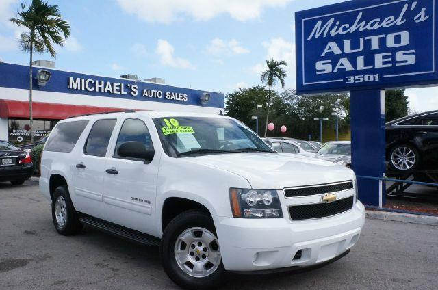 2010 CHEVROLET SUBURBAN LS summit white be the talk of the town when you roll down the street in t