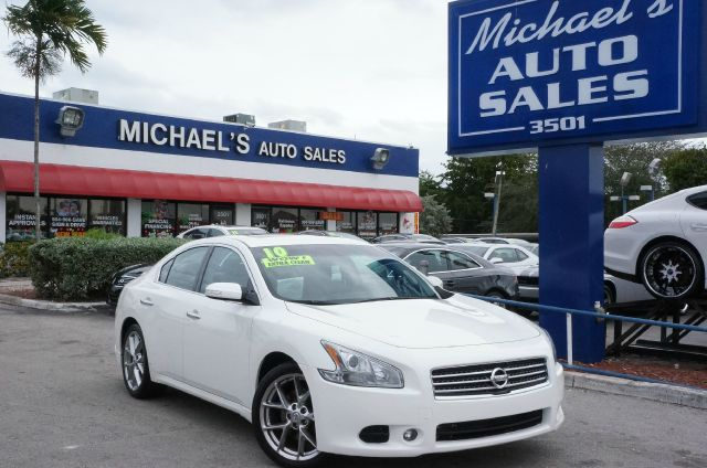 2010 NISSAN MAXIMA 35 SV winter frost pearl leather seat trim and power moonroof attention re