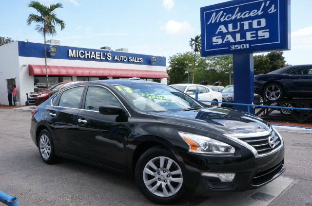 2013 NISSAN ALTIMA 25 S super black automatic 99 point safety inspection automatic c