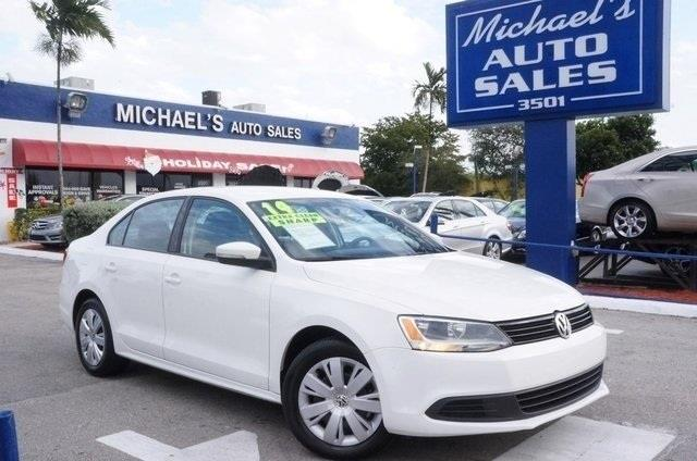 2014 VOLKSWAGEN JETTA 18T SE candy white perfect color combination switch to michaels auto sale