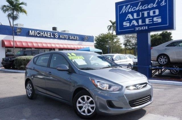 2014 HYUNDAI ACCENT GS triathlon gray metallic at michaels auto sales youre 1 talk about a de