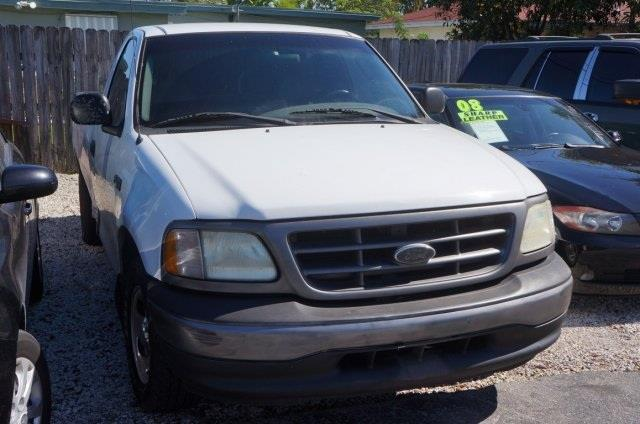 2003 FORD F-150 XL arizona beige clearcoat metall long bed here it is hunting for just the rig