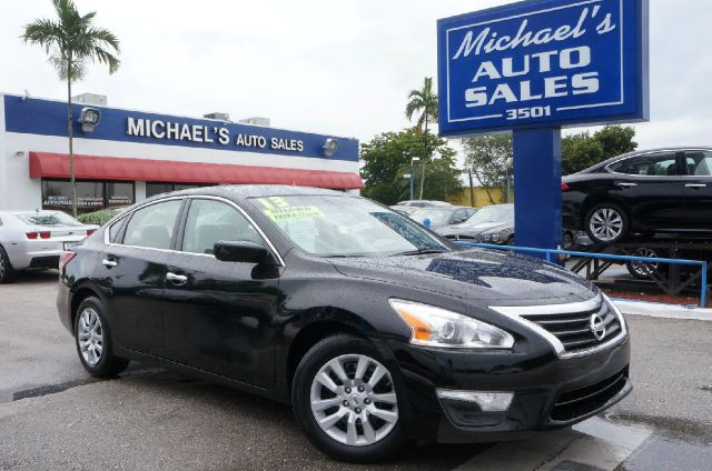 2013 NISSAN ALTIMA 25 S 4DR SEDAN super black 99 point safety inspection clean carfax