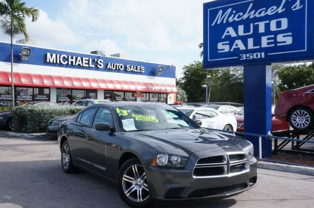 2013 DODGE CHARGER SE crystal metallic 99 point safety inspection clean title and one