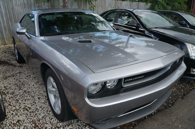 2013 DODGE CHALLENGER SXT billet silver metallic clearco this great-looking and fun 2013 dodge cha