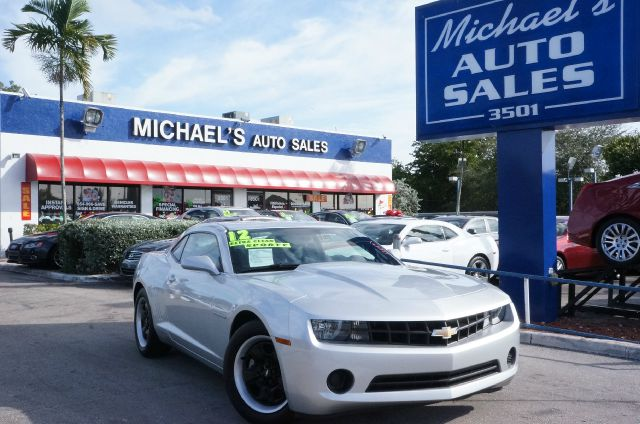 2012 CHEVROLET CAMARO 1LS silver ice metallic a perfect 10 amazing shape zoom zoom zoom this te
