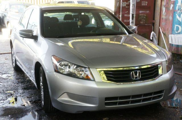 2009 HONDA ACCORD LX-P 4DR SEDAN alabaster silver metallic 99 point safety inspection clea