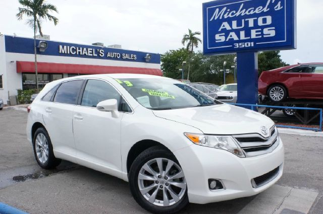 2013 TOYOTA VENZA LE cypress pearl clean carfax 99 point safety inspection automatic
