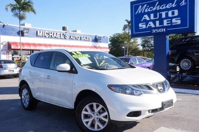 2014 NISSAN MURANO pearl white are you ready for a nissan michaels auto sales means business