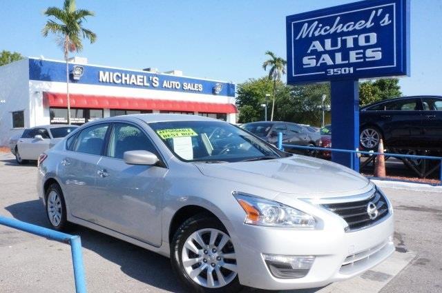 2014 NISSAN ALTIMA brilliant silver metallic cvt xtronic success starts with michaels auto sales