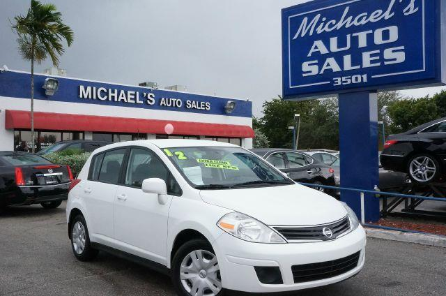 2012 NISSAN VERSA 18 S fresh powder if you want an amazing deal on an amazing car that will not b