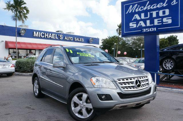 2011 MERCEDES-BENZ M-CLASS ML350 iridium silver metallic abs brakesair conditioningalloy wheels
