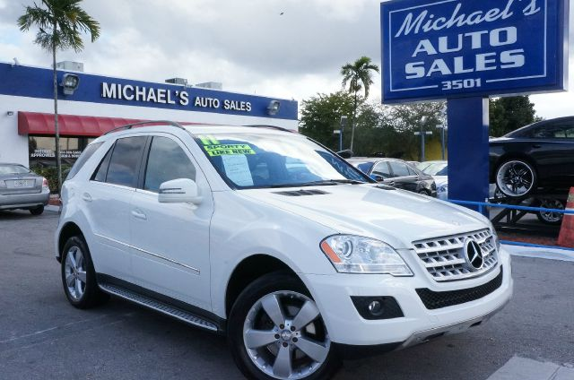 2011 MERCEDES-BENZ M-CLASS ML350 arctic white cashmere wamg premium leather upholstery 99 poin