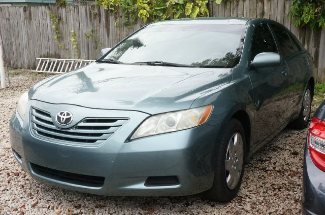 2007 TOYOTA CAMRY XLE aloe green metallic 99 point safety inspection automatic clean c