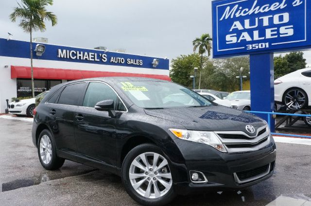 2013 TOYOTA VENZA LE attitude black automatic clean carfax and clean title hey loo