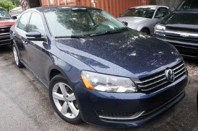 2013 VOLKSWAGEN PASSAT 25 SE glacier blue metallic 99 point safety inspection clean carfa