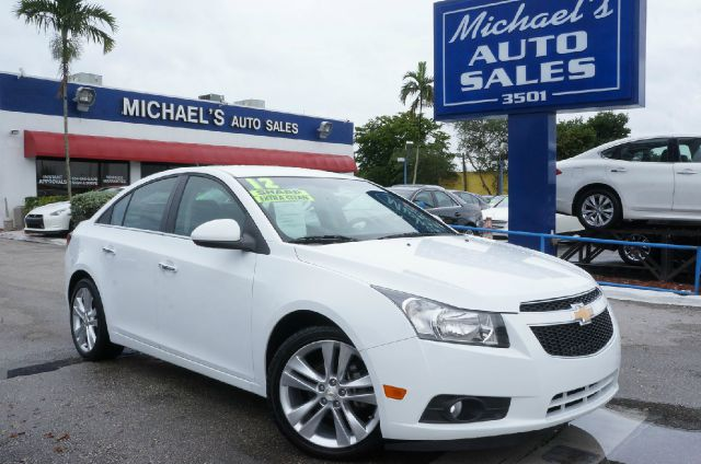 2012 CHEVROLET CRUZE LTZ 4DR SEDAN W1LZ summit white front bucket seatsmeridian leather-appointe