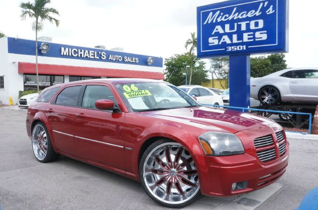 2006 DODGE MAGNUM RT 4DR WAGON inferno red crystal pearlcoat leather trimmed bucket seatsamfm co