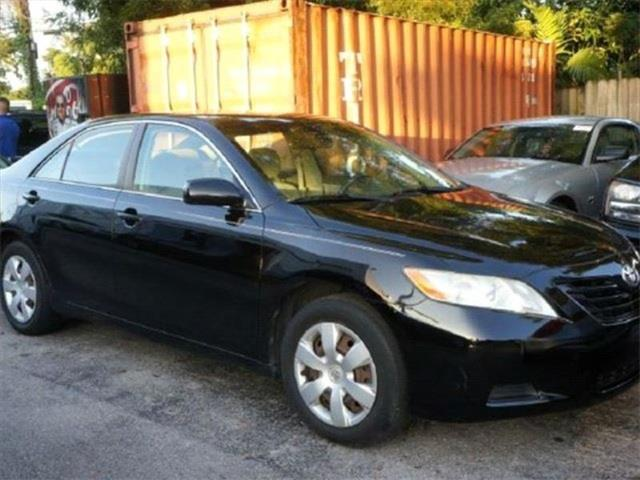 2009 TOYOTA CAMRY LE 4DR SEDAN 5M unspecified 99 point safety inspection local trade p