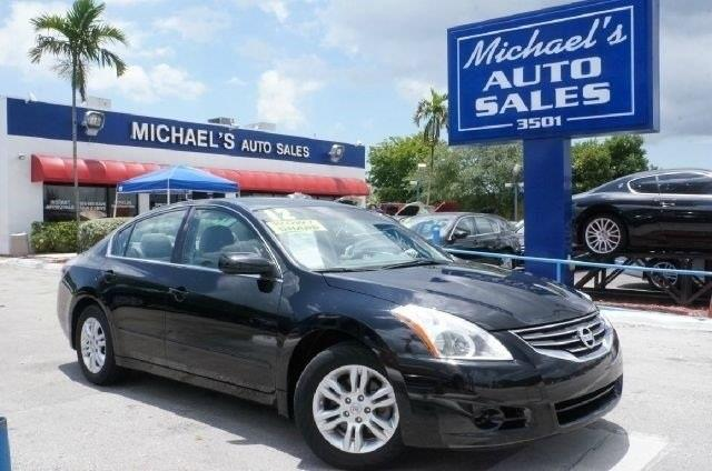 2012 NISSAN ALTIMA 25 S 4DR SEDAN super black cvt with xtronic wow where do i start hurry in