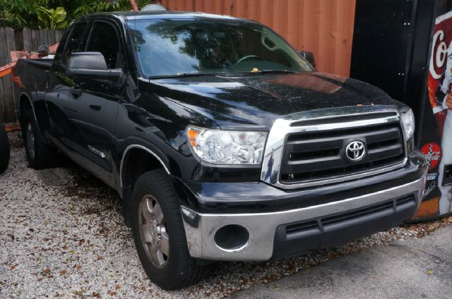 2010 TOYOTA TUNDRA GRADE 4X2 4DR DOUBLE CAB PICKUP black 99 point safety inspection automat