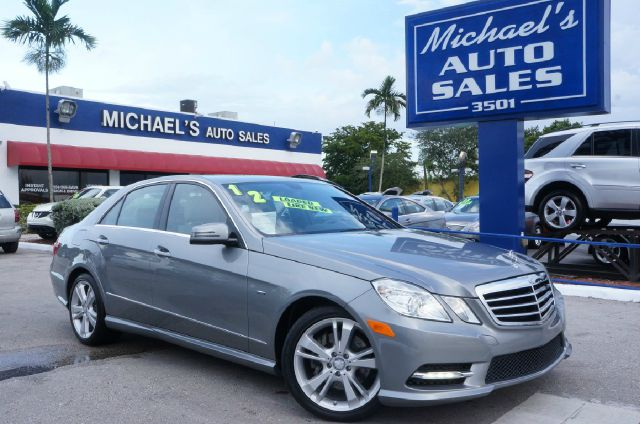 2012 MERCEDES-BENZ E-CLASS E350 indium gray metallic 99 point safety inspection clean carf