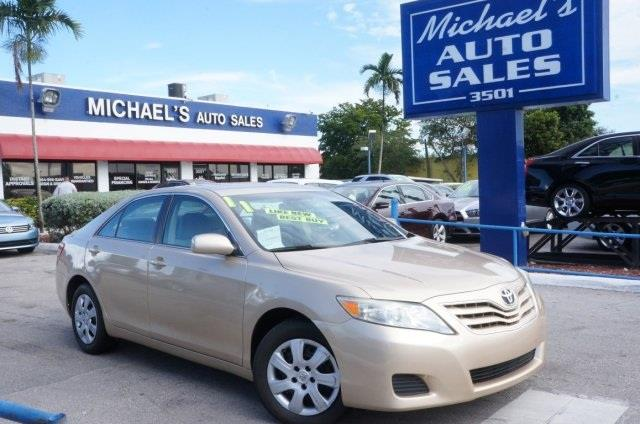 2011 TOYOTA CAMRY LE 4DR SEDAN 6M sandy beach metallic stick shift are you ready for a toyota