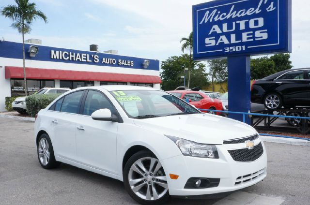 2013 CHEVROLET CRUZE LTZ AUTO 4DR SEDAN W1SJ summit white clean carfax 99 point safety i