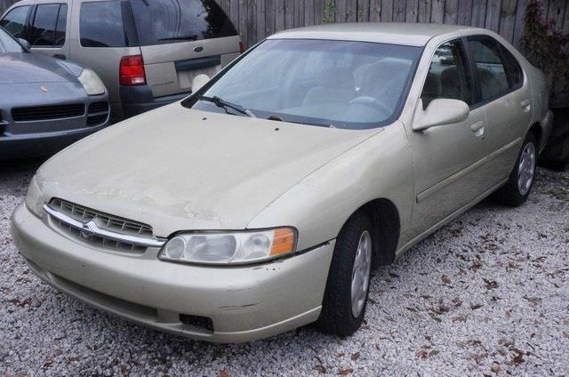 1998 NISSAN ALTIMA XE 4DR SEDAN unspecified real winner move quickly nissan has done it again