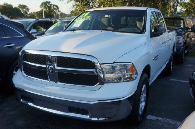 2014 RAM RAM PICKUP 1500 SLT 4X2 4DR QUAD CAB 63 FT SB bright white clearcoat 99 point safety