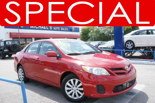 2012 TOYOTA COROLLA LE barcelona red metallic clean carfax 99 point safety inspection