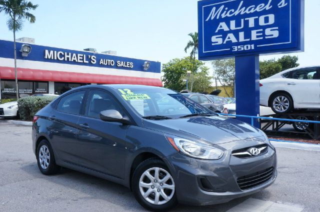 2012 HYUNDAI ACCENT GLS cyclone gray 99 point safety inspection automatic clean title