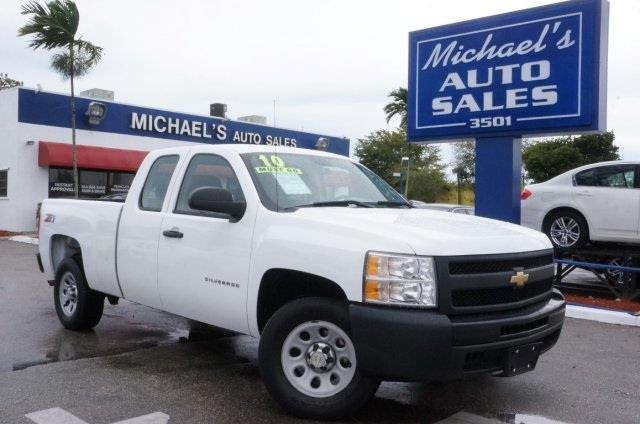 2010 CHEVROLET SILVERADO 1500 WORK TRUCK 4X2 4DR EXTENDED CAB summit white 4-speed automatic with